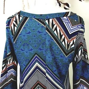 WinWin Dresses - Retro 70's Blue Print Flare Sleeve Tunic Dress